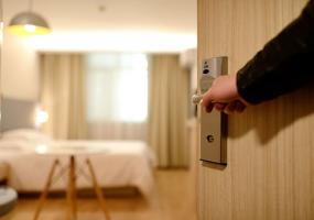 Jak stworzyć jasne i przestronne mieszkanie.